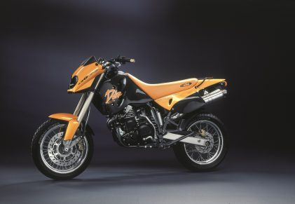 LONG LIVE THE DUKE! CELEBRATING 25 YEARS OF KTM DUKE HISTORY – PART 1
