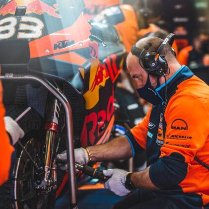 2020 MotoGP™: A MECHANIC'S TALE