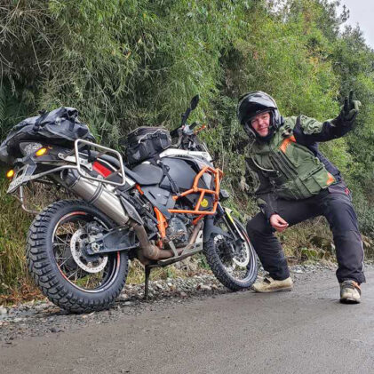 #THEWORLDADVENTUREWEEK STORIES – HOW TO MAKE 5,014 KM IN A WEEK WHILE LIVING 038; WORKING ON THE BIKE